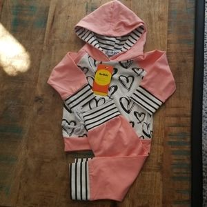 6-9M NWT 💓Stripes + Hearts💓 Pink Jumpsuit